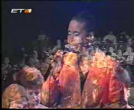 Jocelyn B. Smith - Sto perigiali (live, 2001)