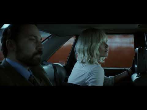 Sarışın Bomba - Trailer