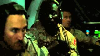 Zero Dark Thirty (2012) - Flight to compound