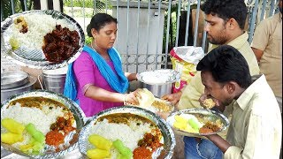 Aunty Selling Roadside Meals Hyderabad | Chicken,Boti, Fish Rice @ 70 Rs Only | StreetFood Hyderabad