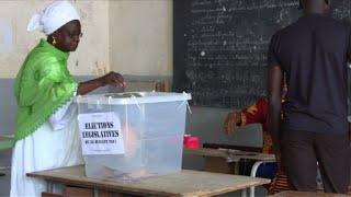Début du vote pour les législatives au Sénégal