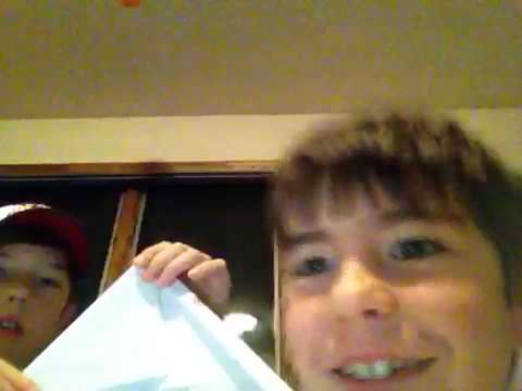 How to make a unnamed paper airplane with the flying brothers