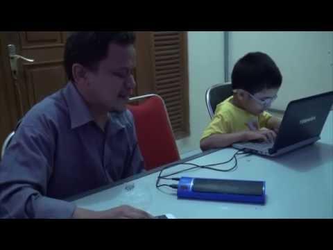 Layanan Kursus Komputer untuk tunanetra di Yayasan Mitra Netra