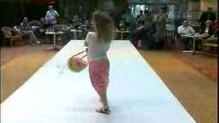 Coccinelle Kids Fashion Show Summer 2007 Part 9 Thumbnail