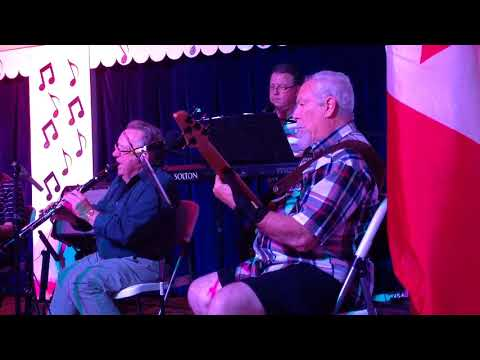 The French Song-Cal Gadsby on Clarinet Michel & Garrie Vocals