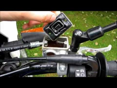 tuto-changer-liquide-de-frein-moto-(how-to-change-brake-fluid)