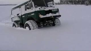 4x4  Bronco. Volvo C303  in snow. Sweden.mpg