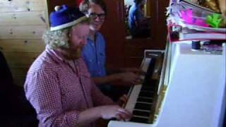 Piano idiots (Dead Cities and Angry Wasp)