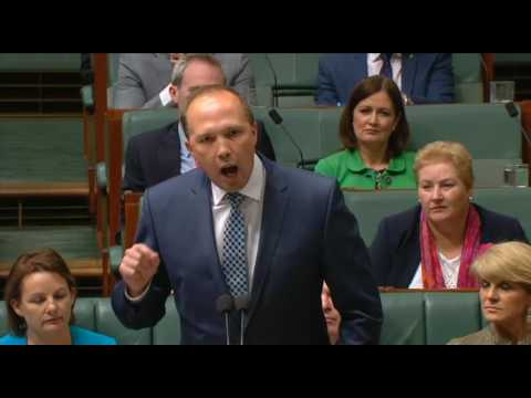 Immigration Minister Dutton Defends His Comments on Fraser's Migration Policy