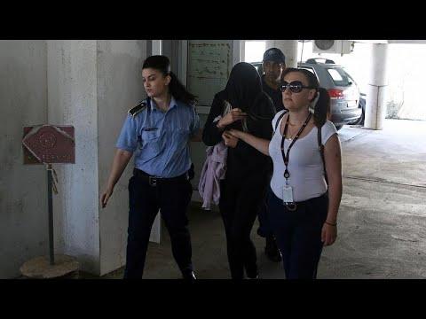 بريطانية تؤكد تعرضها للاغتصاب الجماعي من قبل 12 إسرائيليا في قبرص وتنفي اختلاق اتهامها لهم…