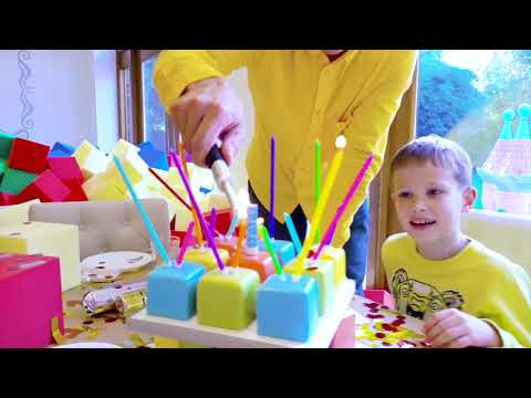 видео: Засыпали всю комнату цветными кубиками