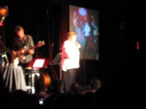 Helen Reddy   Delta Dawn/Ain't No Way To Treat A Lady