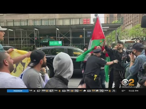 New Yorkers Clash During Protests Over Crisis In The Middle East
