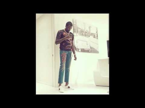 Meek Mill what are you wearing man?!!
