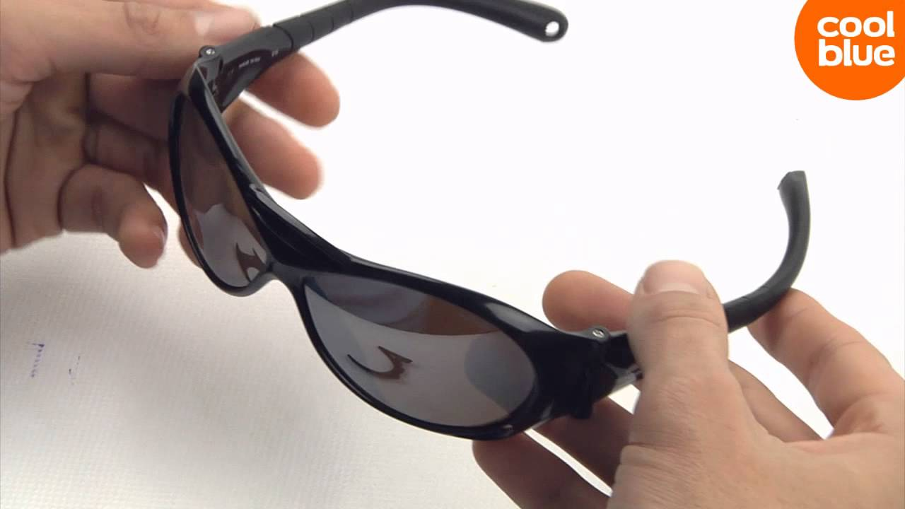 Julbo Explorer Black Black Spectron 4 mini-videoreview en unboxing (NL BE)  - YouTube 0a0cdaac9444
