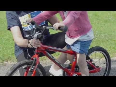 Teach a child to ride a bike quickly and simply