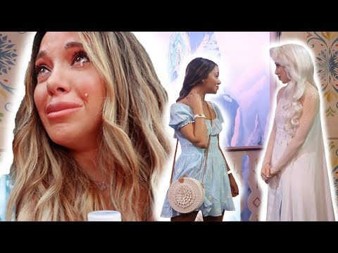 is girl who plays elsa at disney a hater???