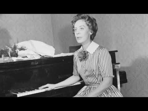 Monique de la Bruchollerie plays Haydn Sonata n°48 in C major (Hob. XVI : 35)