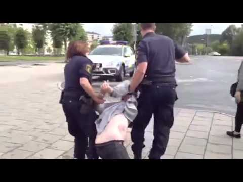 POLISEN I ANGERED GÖTEBORG (LÖVGÄRDET CENTRUM)