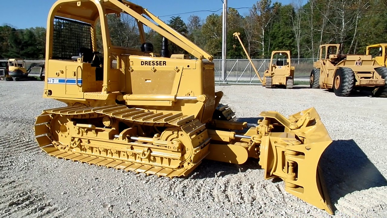 TD8-H Dresser Dozer 8 way blade ex government Low hours $32999 C&C Equipment