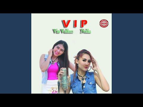 Free Download Tak Bisa Membenci (feat. Mahesa) Mp3 dan Mp4