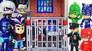 PJ Masks! Arrest the villains who fled the police prison!   DuDuPopTOY