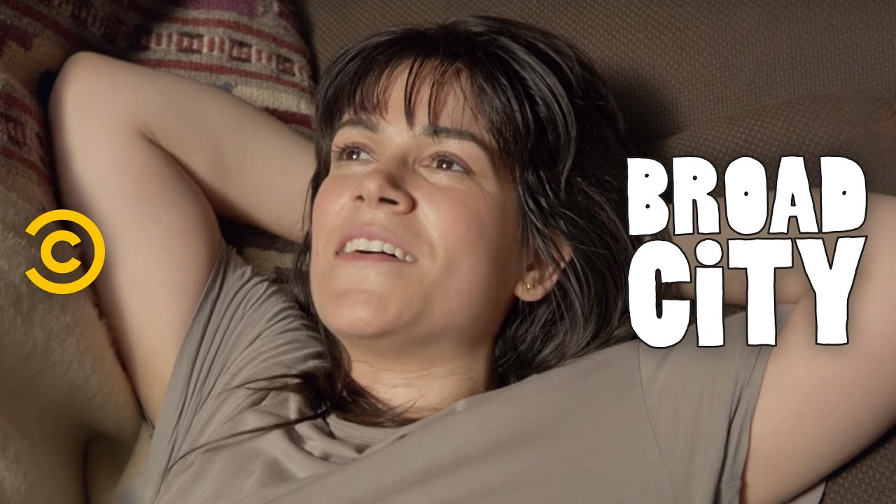 Breaking Down the Sounds of 'Broad City' with Music