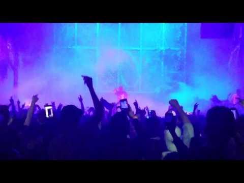 "Travis Scott - ""Through the Late Night"" Live at Terminal 5 04.30.2017, Birds Eye View Tour"