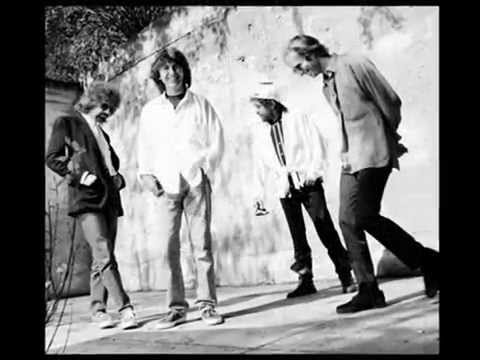 Traveling Wilburys - Tweeter And The Monkey Man - Lyrics