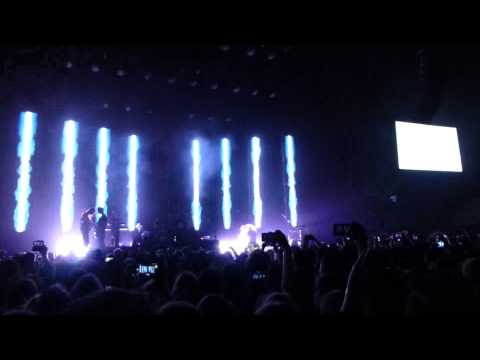 "Imagine Dragons: ""Shots"" (Live @ Qantas Credit Union Arena, Sydney, 04/09/15)"