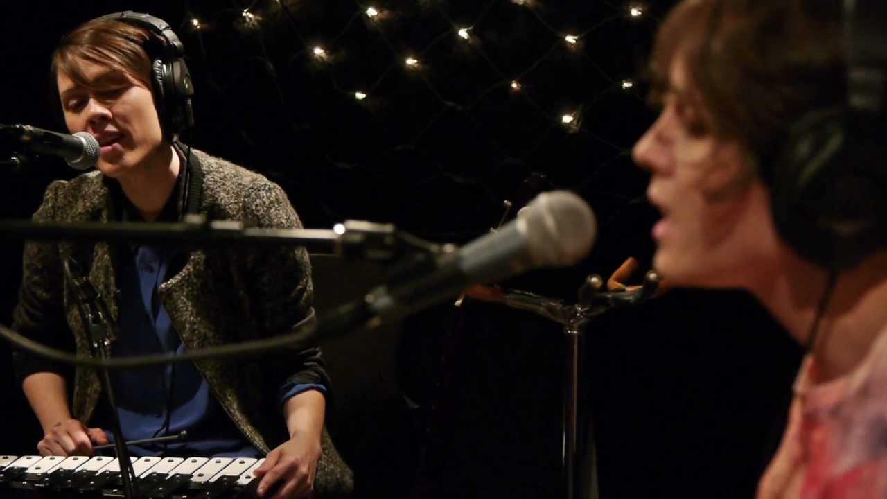 Nice Tegan And Sara   Living Room (Live On KEXP)   YouTube