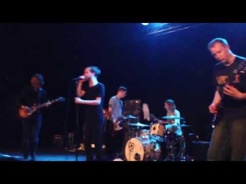 Nine- La Dispute (live)