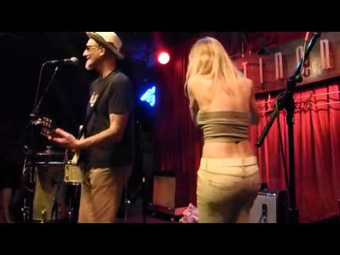 Southern Culture on the Skids - Ditch Diggin' (Houston 04.11.15) HD