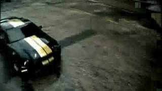 mustang-vs-policecar