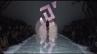Versace Women's SS15 Fashion Show Thumbnail