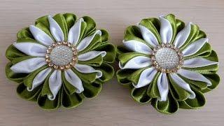 Заколки в стиле Канзаши из атласных лент. В оливковом цвете.