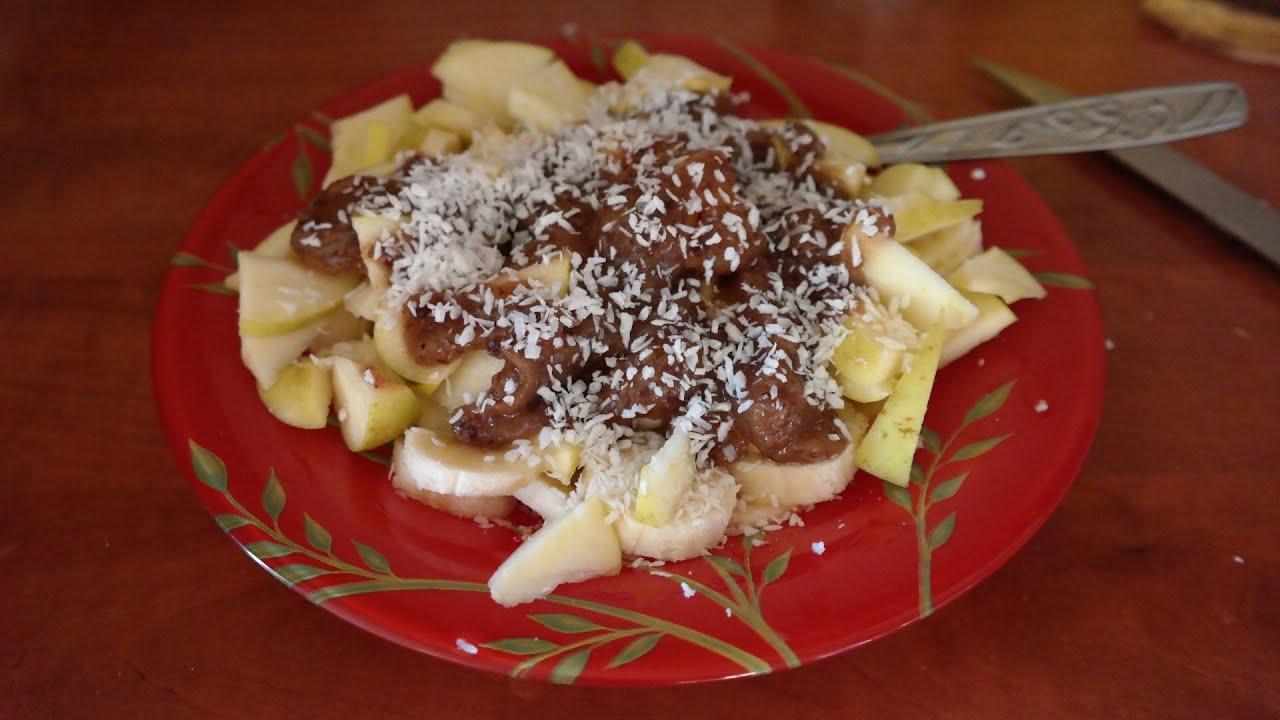 десерт из бананов и яблок