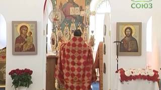 Молодежный хор «Светилен» спел Литургию в петербургском Свято-Покровском храме на Боровой