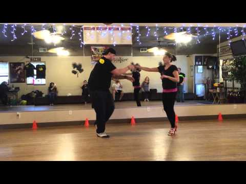 Salsa Fever On2 Advanced Partner work class with Mario B.