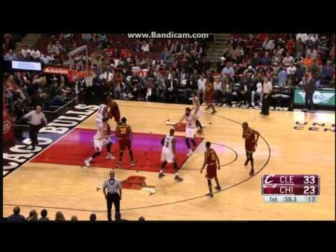 Jonathan Holmes made his 12pt in first quarter - Chicago Bulls vs. Cleveland Cavaliers - 14/10/2016
