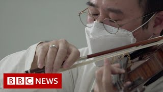 Classical music for coronavirus patients in South Korea - BBC News