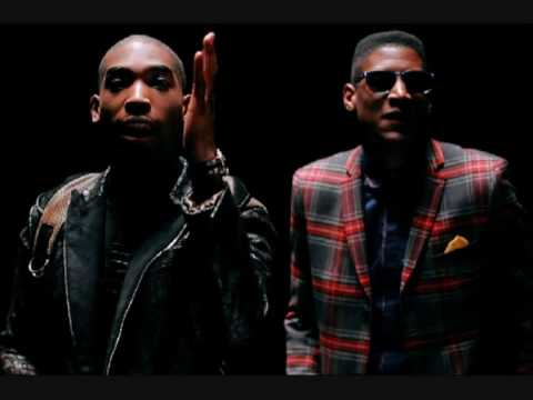 Tinie Tempah – Pass Out (HQ)