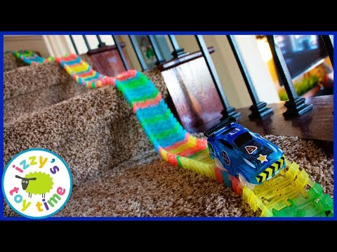 MAGIC TRACK STAIR CHALLENGE! Cars for Kids!