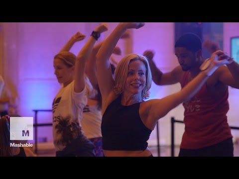 Hundreds Light Up Grand Central Station with Their Dancing   Mashable