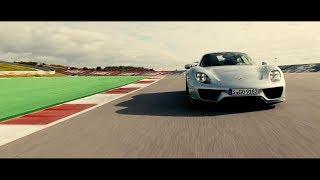TopGear : Panamera Turbo S E-Hybrid vs Porsche 918 Spyder