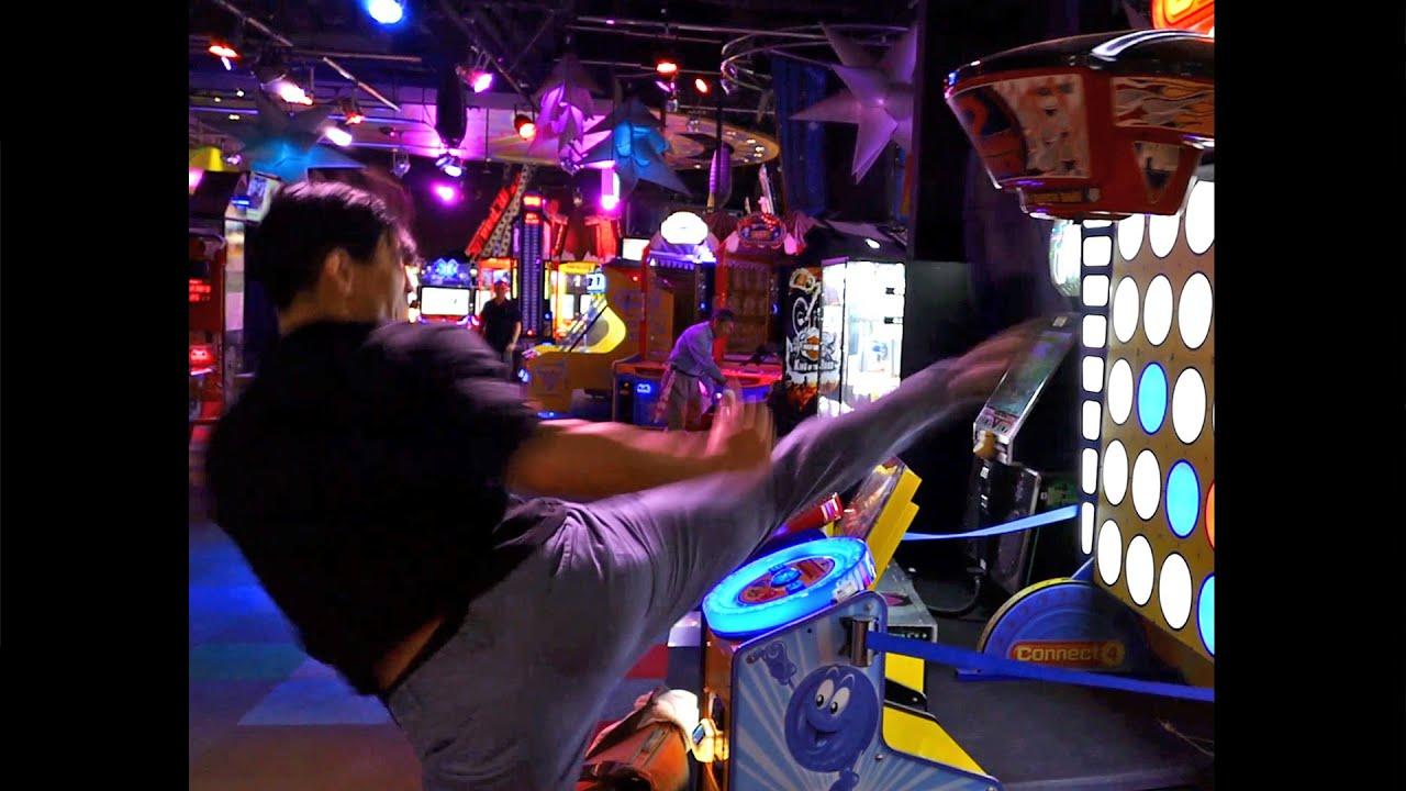punching machine arcade