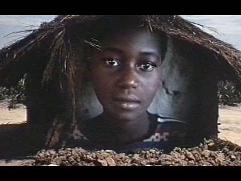 Living Despite it all - Mozambique – 1990 (Eng)