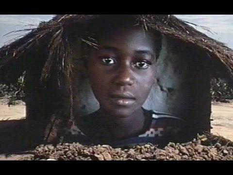 Living Despite it all - Mozambique – 1990 (Eng)