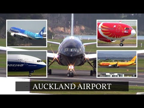 Plane Spotting at Auckland Airport, New Zealand