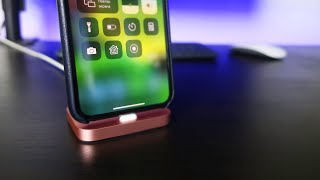 подставка для iPhone от Apple Обзор - Стоит ли покупать док-станцию Apple iPhone Lightning Dock?